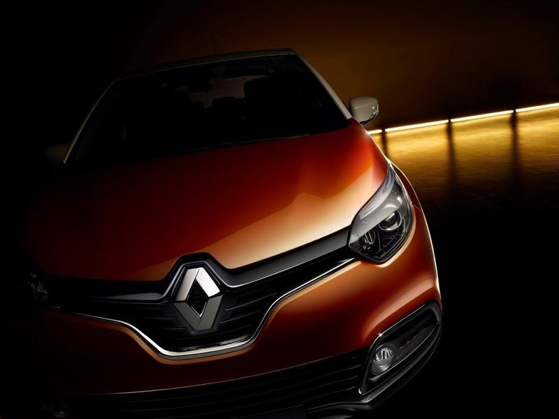 Renault Captur представляют по частям