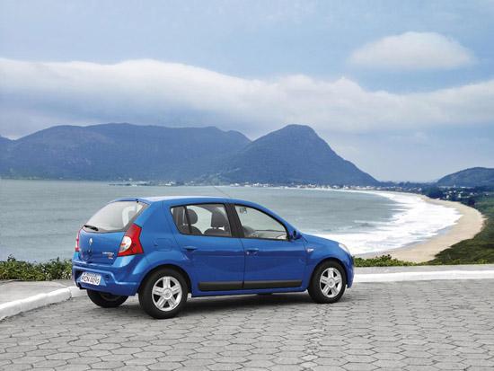 Renault Sandero продолжит в России традиции Logan